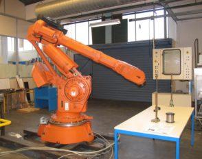 Le projet Robot de quatre étudiants de seconde année BTS électrotechnique