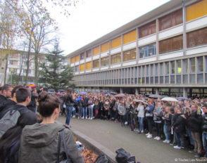 Attentats de Paris : les lycéens de Bascan organisent leur cérémonie citoyenne