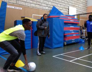 Les élèves de CAP Restauration jouent le jeu… au Cécifoot