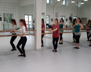 La danse classique à l'honneur avec la venue des premiers artistes à l'option art danse