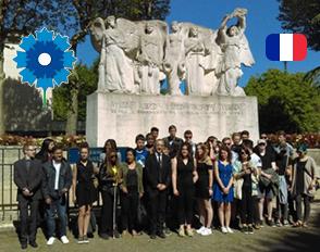 Commémoration du 8 mai 1945 avec les représentants des élèves du lycée Bascan