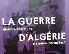 Exposition sur la guerre d'Algérie au Cdi du bâtiment K